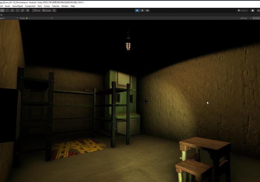 Virtueller Esape-Room: Raumansicht aus der User-Perspektive mit Virtual-Reality-Brille.