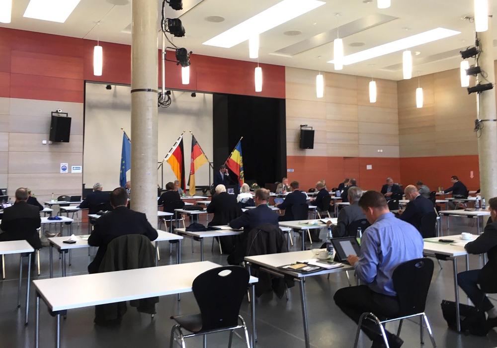 Was halten die Kandidaten für das größte Problem des Landkreises Gifhorn? In unseren Videos erfahren Sie mehr.