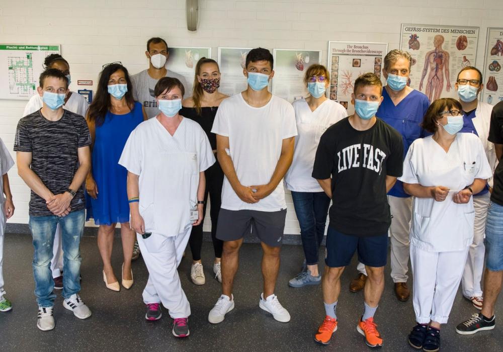 Die Eintracht-Profis ließen sich im Klinikum Braunschweig einem umfangreichen Medizincheck unterziehen.