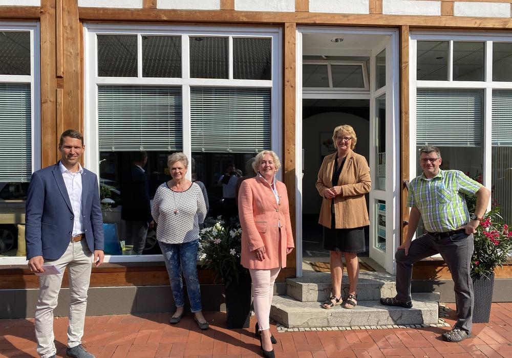 Die CDU-Bundestagsabgeordnete Ingrid Pahlmann besucht das neue Freiwilligenzentrum in Wittingen.