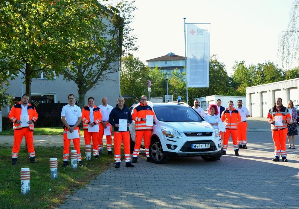 Elf Mitarbeitende des DRK-Rettungdienstes Wolfenbüttel haben sich zum Organisatorischen Leiter Rettungsdienst weitergebildet. Foto: DRK