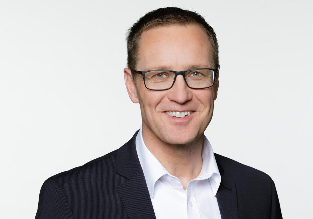 Dr. Roy Kühne.