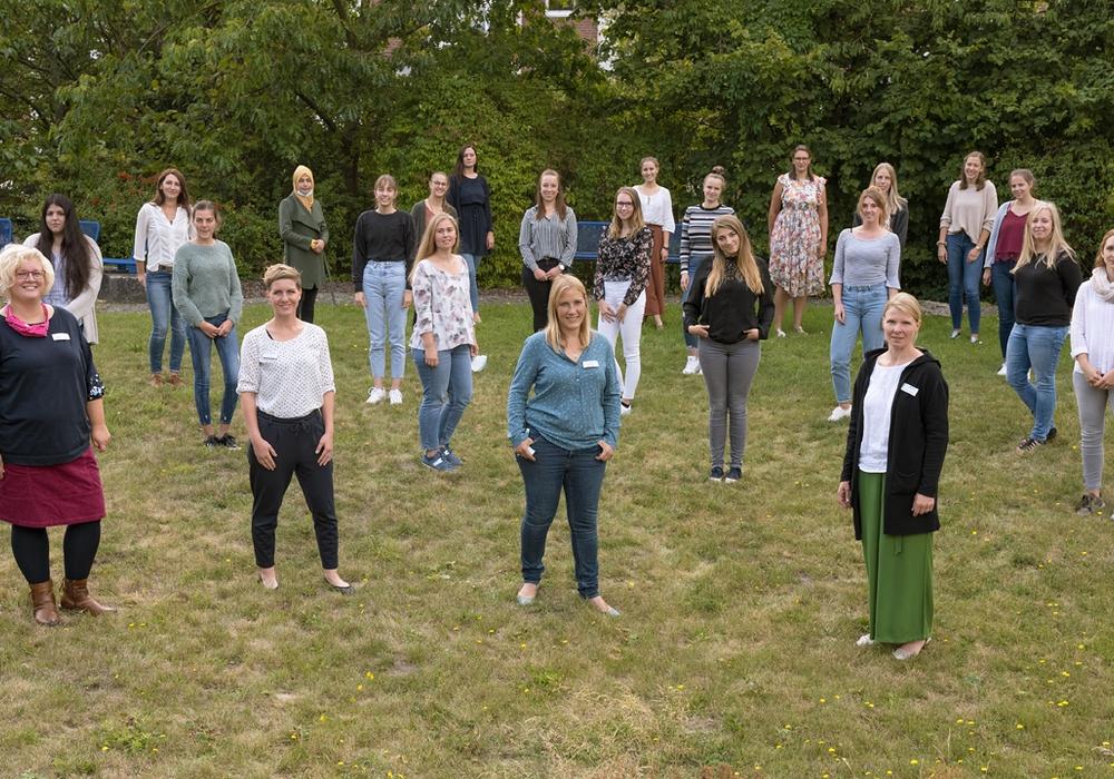 Das Klinikum Braunschweig begrüßt 20 neue Hebammenschülerinnen.