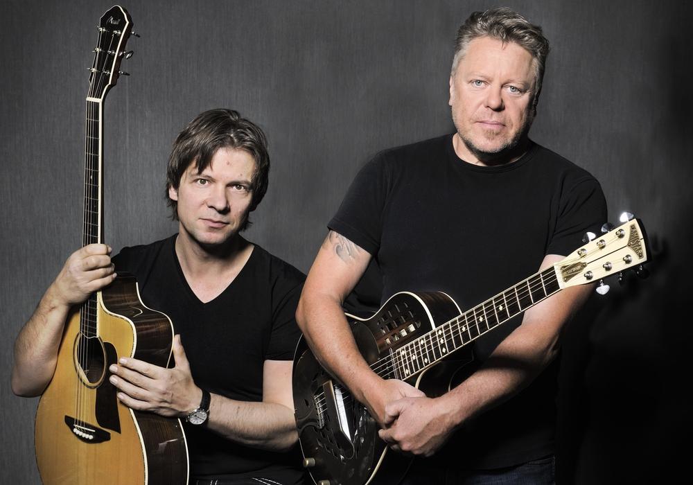 Richie Arndt und Gregor Hilden spielen im Paradiesgarten der KulturKirche St. Marien.