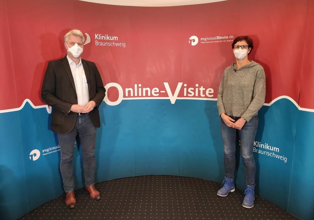 Prof. Dr. Dr. Guido Schumacher, Chefarzt für Allgemein- und Viszeralchirurgie und Ulrike Dodenhoff, Stomatherapeutin am Klinikum Braunschweig