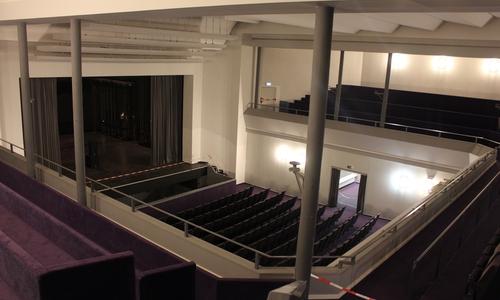 Nach dem Umbau wird aus dem Theatersaal ein offener Innenhof. Die Decke wird entfernt, damit sollen auch die Außenwände entlastet werden.