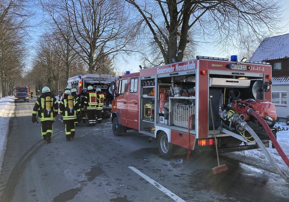 Die Feuerwehr im Einsatz in Söderhof.