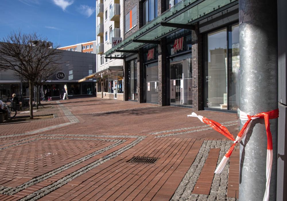 In der Innenstadt von Lebenstedt wurde eine Frau mit Stichverletzungen gefunden.