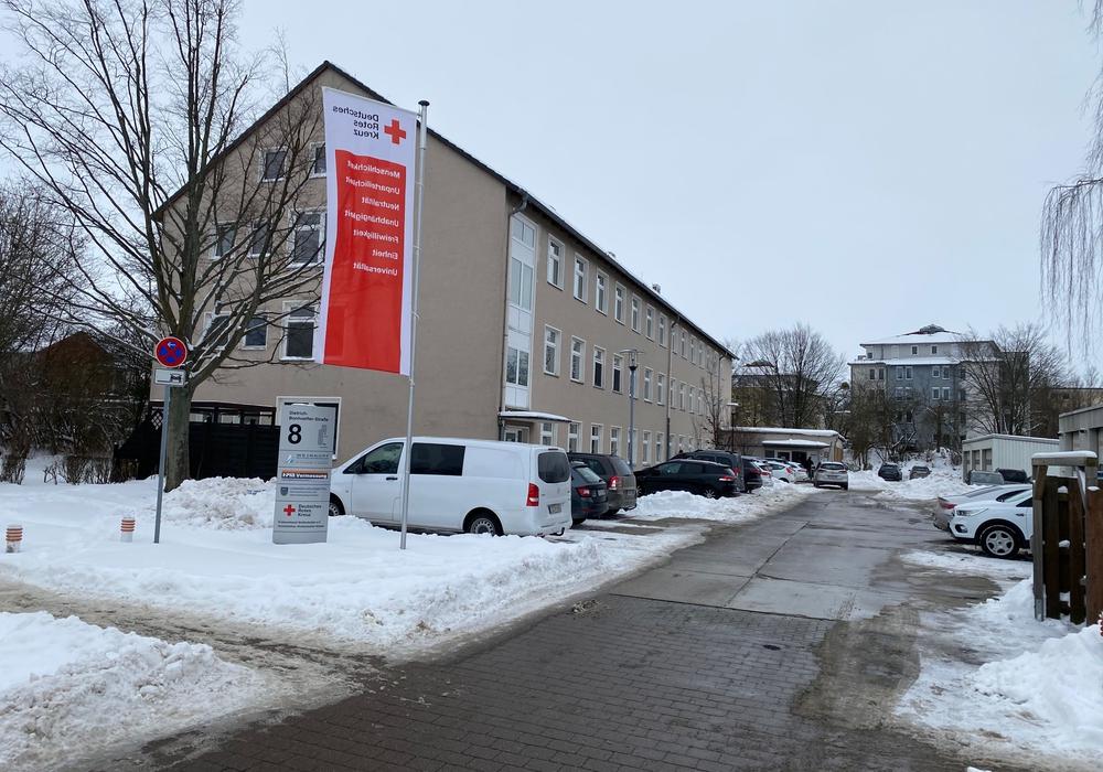 Der DRK Kreisverband Wolfenbüttel in der Dietrich-Bonhoeffer-Straße.