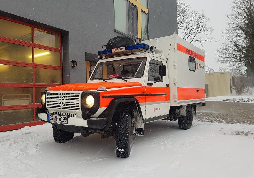 Das Gelände-Krankentransportfahrzeug des Malteser Hilfsdienstes.