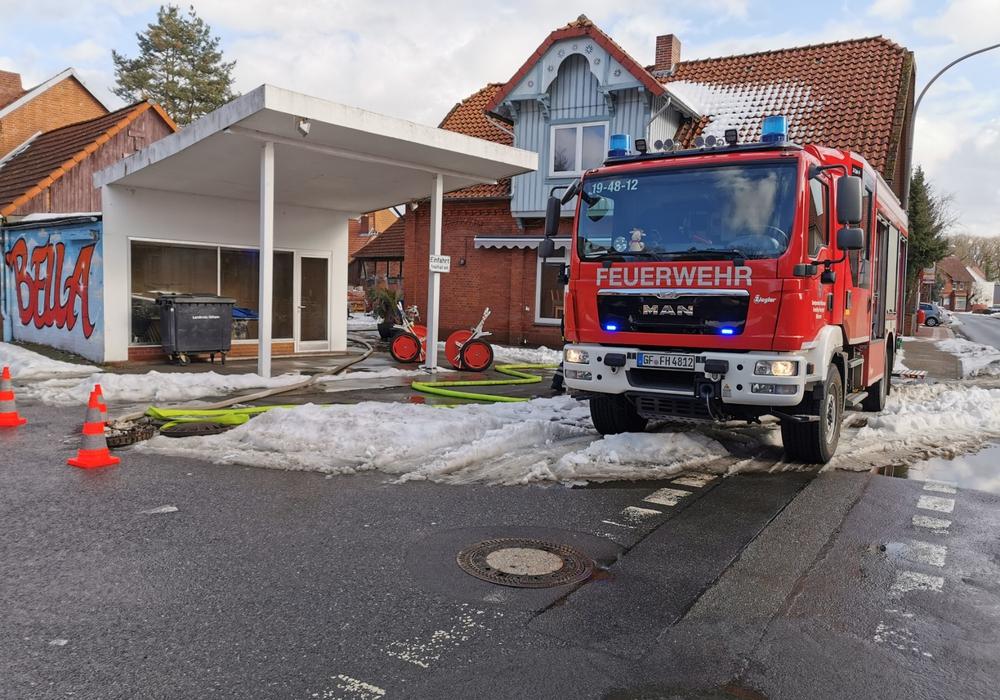 Die Feuerwehr musste den Keller auspumpen