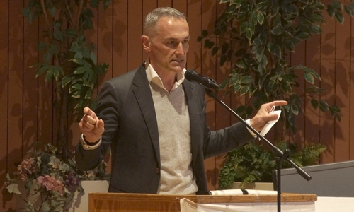 Anwalt Dr. Henning Schneider
