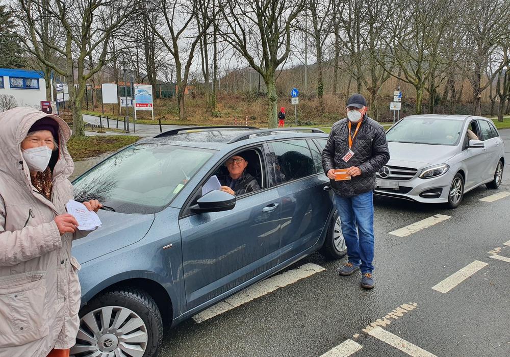 Vom Auto aus konnten die Teilnehmer für ihren Kandidaten abstimmen.