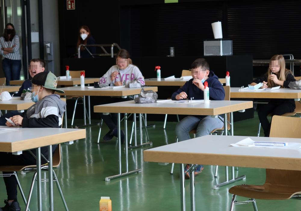 Die Schüler der IGS Lengede haben den Coronatest selbst durchgeführt.
