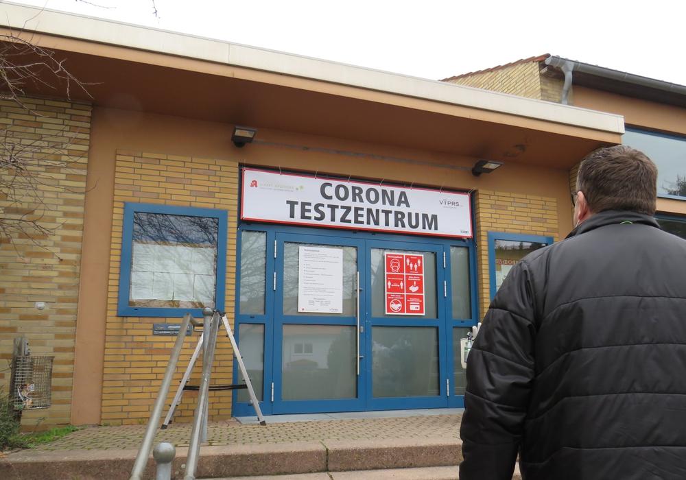 Die Markt-Apotheke Lehre und die VIPRS GmbH betreiben in Flechtorf jetzt ein Corona-Testzentrum.