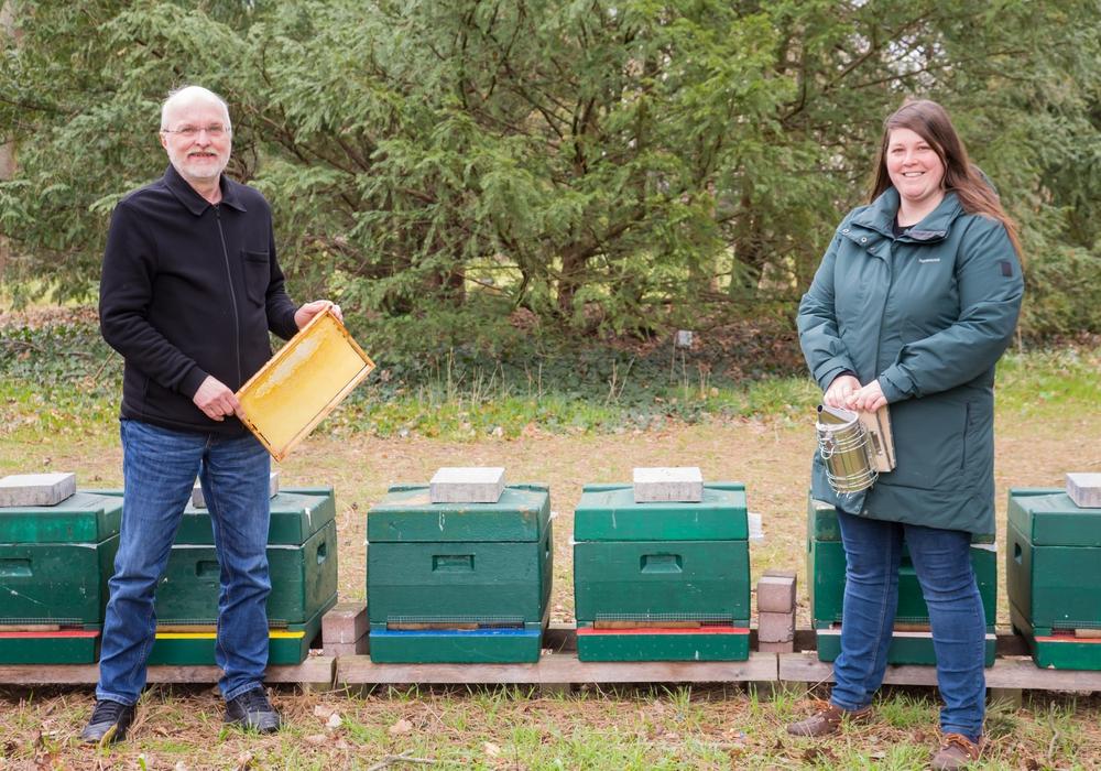 Die beiden neuen Vorsitzenden Anna Heine und Wilfried Kluth.