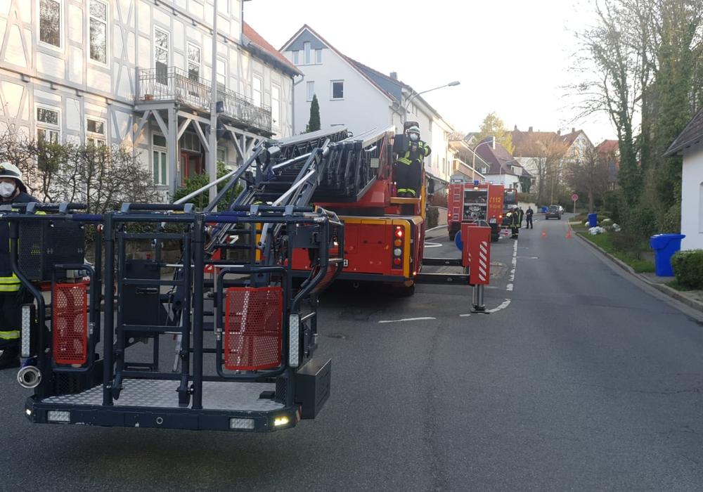 """Die erste Einsatzstelle in der Straße """"Am Stollen""""."""