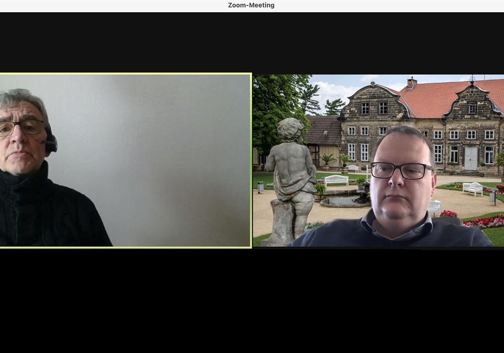 Wolfenbüttels Bürgermeister Thomas Pink und sein Blankenburger Kollege Heiko Breithaupt begingen gemeinsam den Tag der Städtepartnerschaften. Wegen der Coronapandemie allerdings online.
