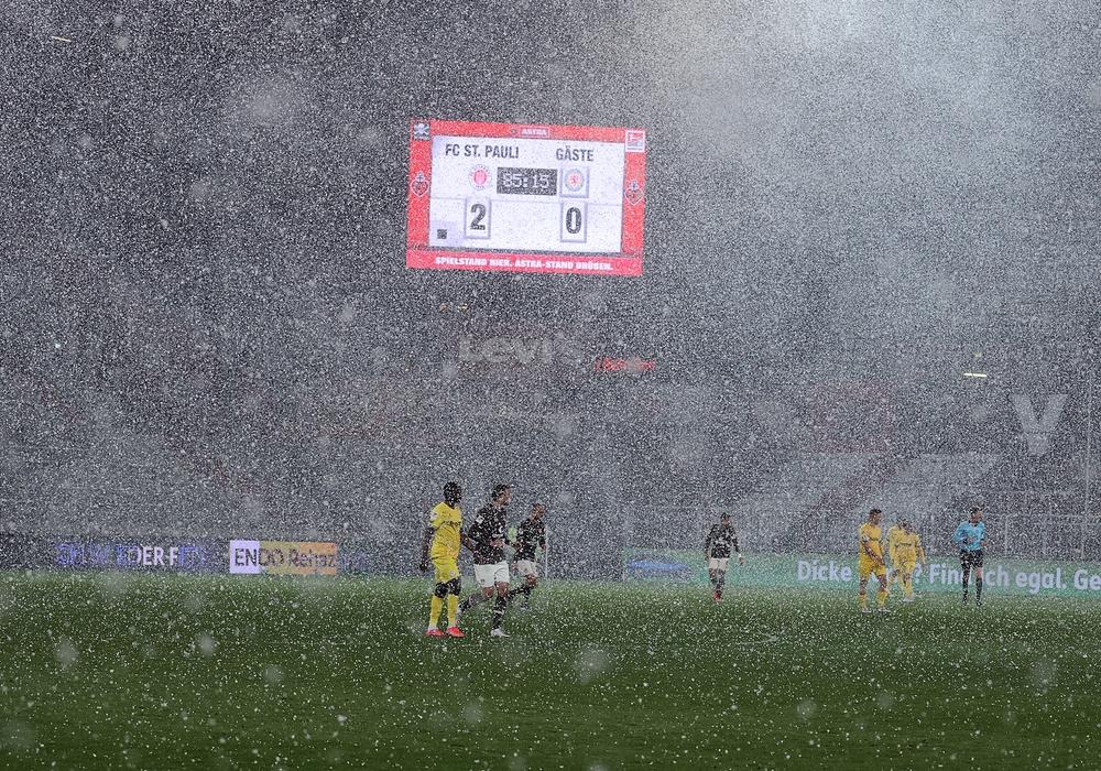 Im Laufe des Spiels kehrte der Winter zurück.