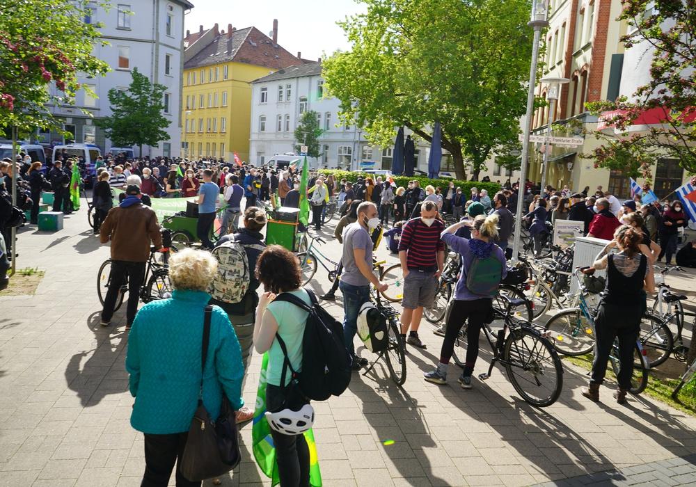 Kundgebung auf dem Frankfurter Platz. (Archivbild)
