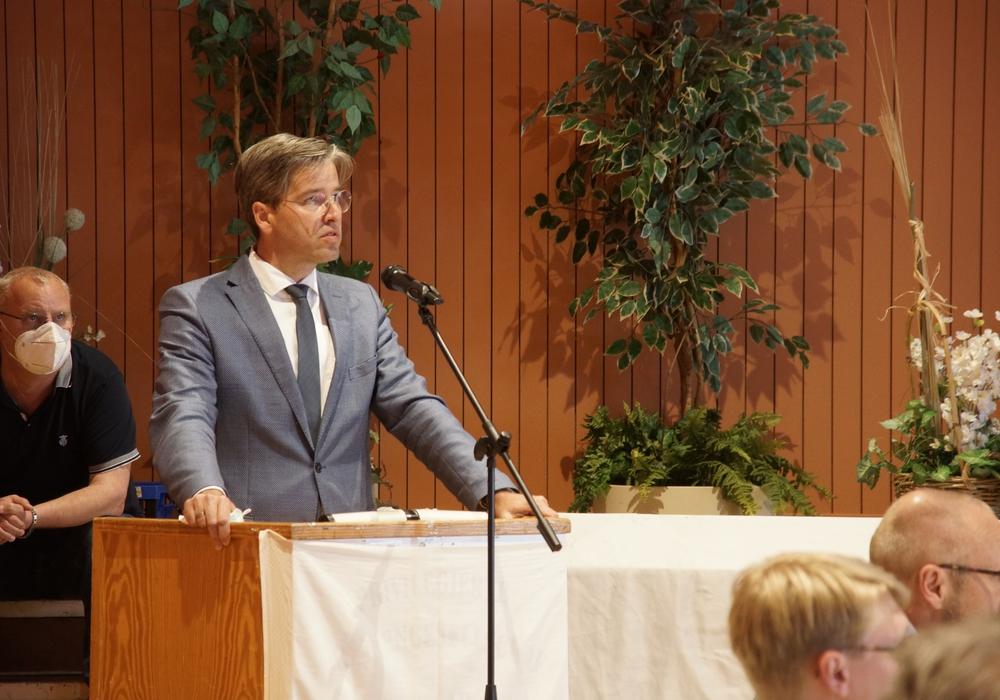 So fassungslos wie am vergangenen Dienstag hat man Oberbürgermeister Dr. Oliver Junk wohl selten erlebt.
