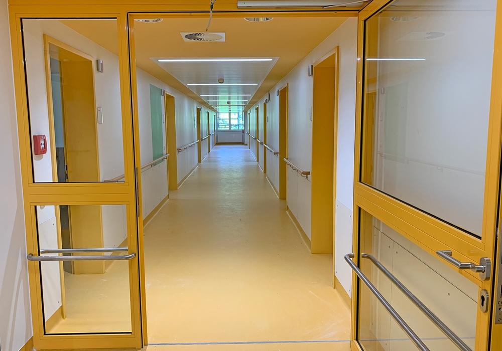 In den 2-,3- und 4-Bettzimmern können dann bis zu 40 Patienten versorgt werden.