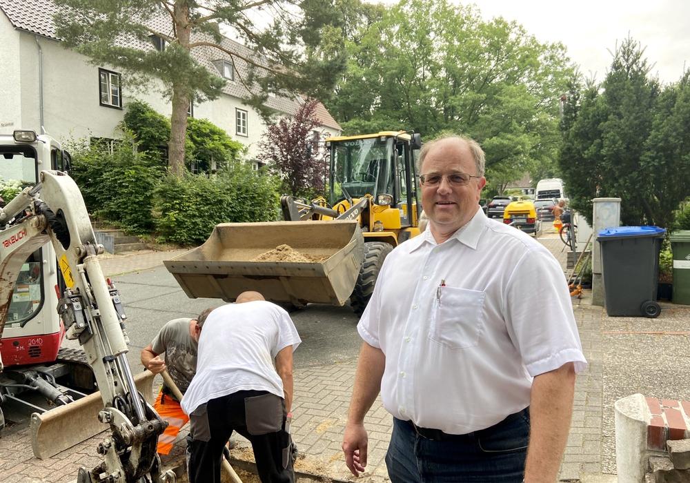 Entricon-Projektsteuerer Norman Vogel blickt optimistisch auf eine möglichst reibungslose Bauphase am Steimker Berg.