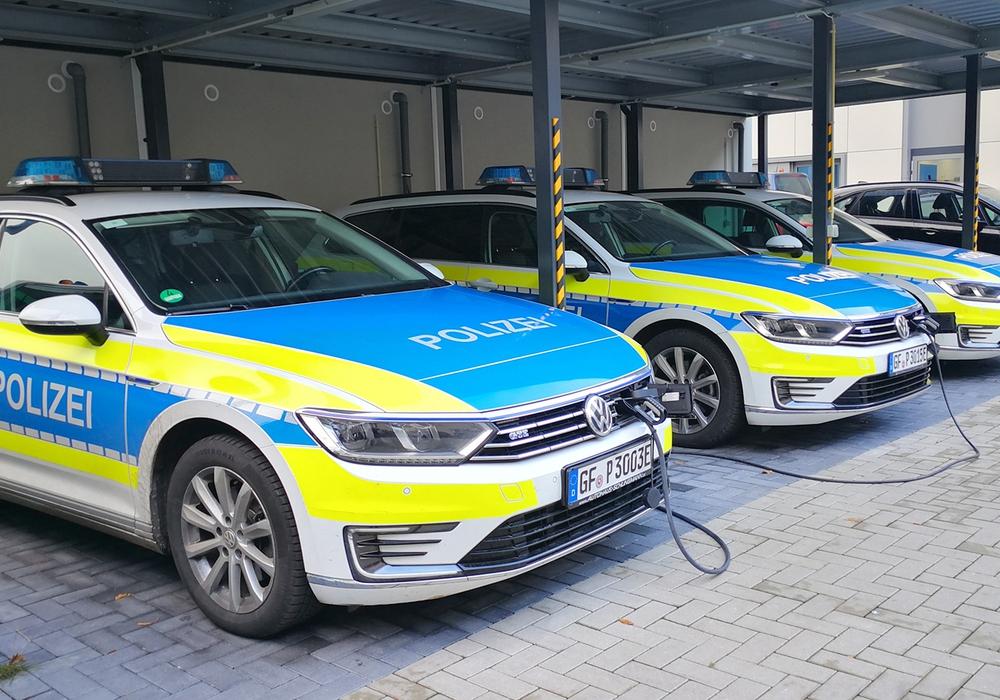 Projektfahrzeuge im Einsatz an einer Dienstelle in Gifhorn).