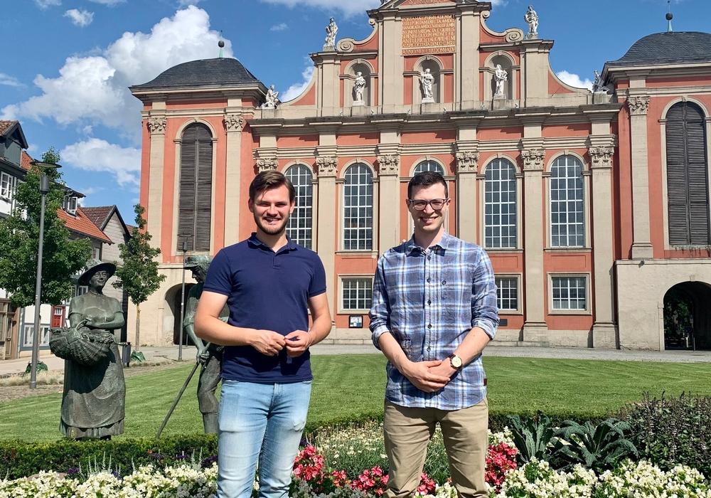 Vincent Schwarz und Max Weitemeier, Bundestagskandidat für die FDP Wolfenbüttel.