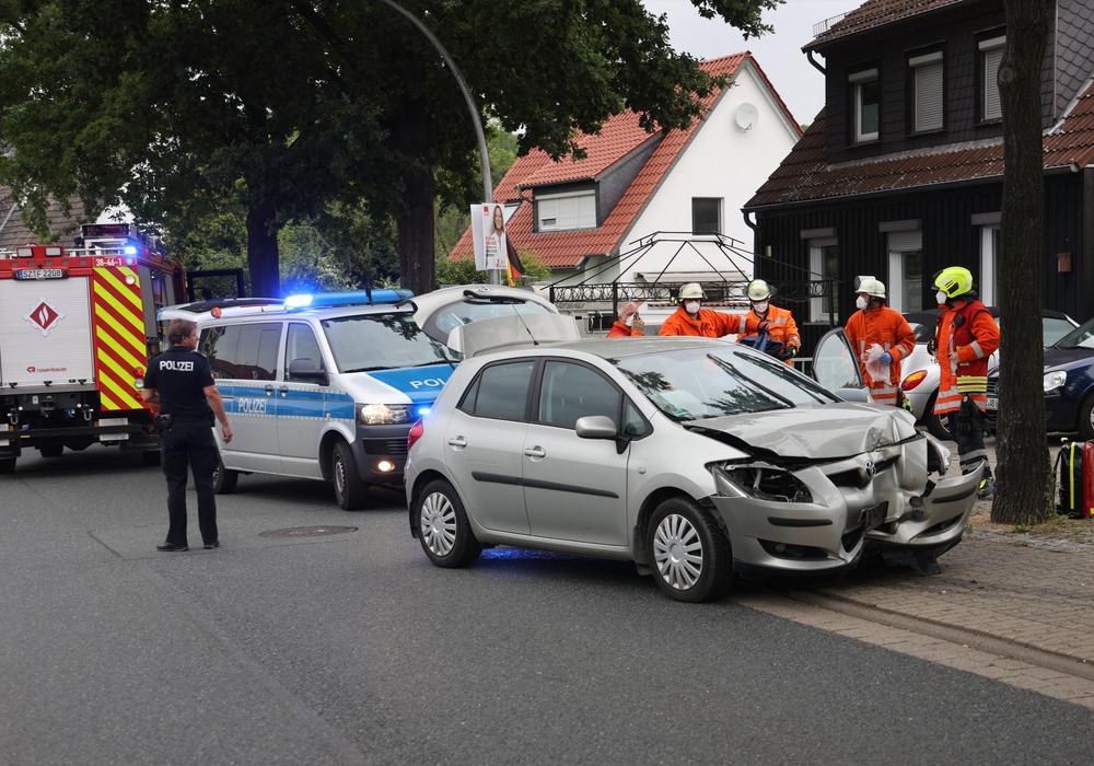 Warum der Fahrer von der Straße abkam ist noch unklar.
