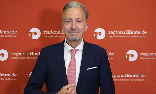 Oliver Diels bewirbt sich als parteiloser Kandidat um das Amt des Bürgermeisters.