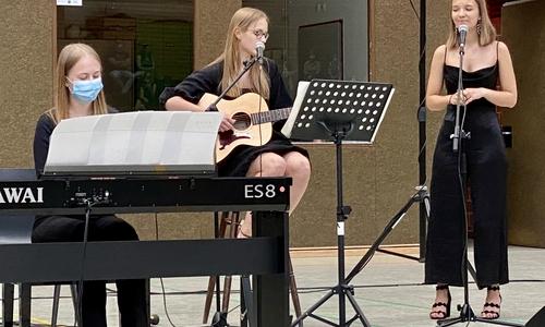 Das stimmungsvolle musikalische Rahmenprogramm rundete diese Veranstaltung ab.