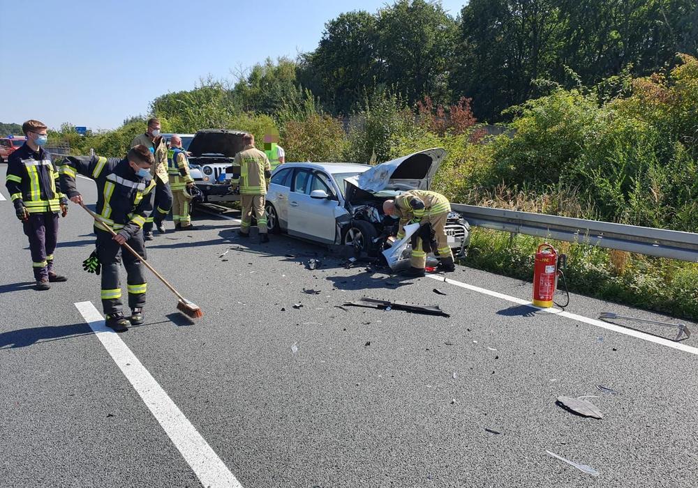 Vier Autos waren am Unfall beteiligt.