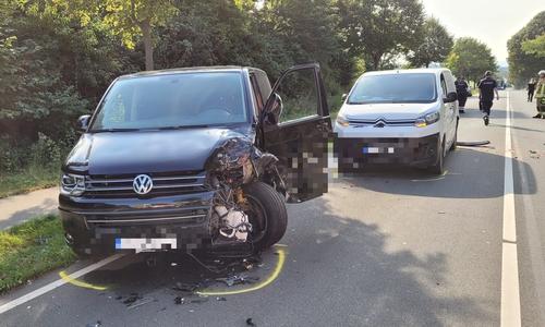 Insgesamt waren drei Fahrzeuge beteiligt.