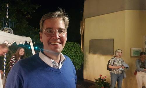 Trotz sich abzeichnender Niederlage gut drauf: Goslar OB Dr. Oliver Junk (CDU).